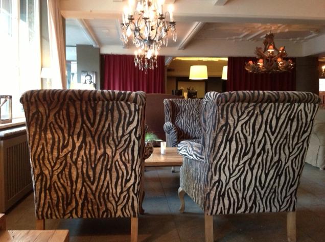 q hotel lobby kitzb hel andreawolf. Black Bedroom Furniture Sets. Home Design Ideas